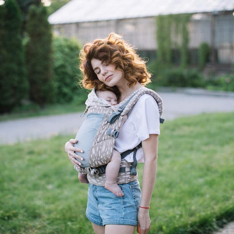 Porte-bébé physiologique ONE + Cool