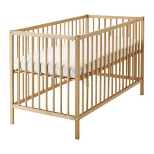 Lit bébé à barreaux Sniglar IKEA