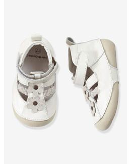 Chaussures cuir bébé fille spécial 4 pattes forme sandales