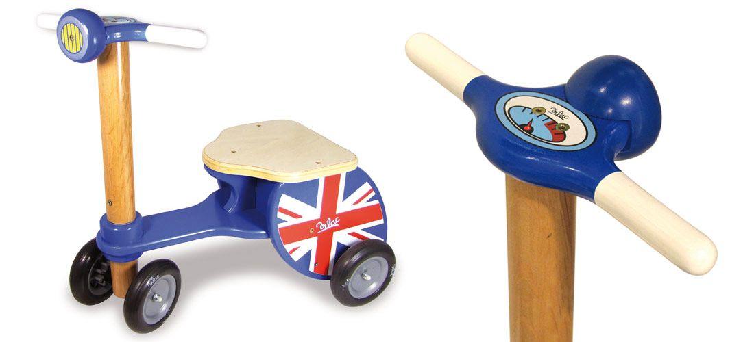 Triporteur scooter en bois